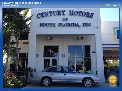 Ford : Crown Victoria 1 OWNER AUTO LEATHER LOW MILES CARFAX CLEAN RUST FREE FORD CROWN VICTORIA VIC AUTO LOW MILES ONE OWNER CARFAX CLEAN NO ACCIDENTS