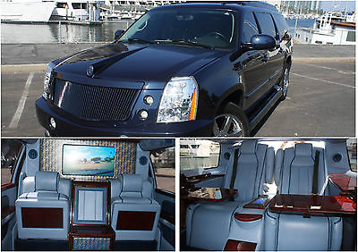 Cadillac : Escalade VIF1 VIF1 owned by Christian Audigier, signed by Bobby Brown, Snoop Dogg!