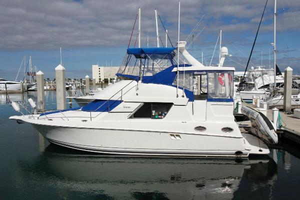 1997 Silverton 372 Twin Diesel Motor Yacht