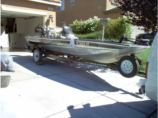 1998 Bass Tracker Boats for sale