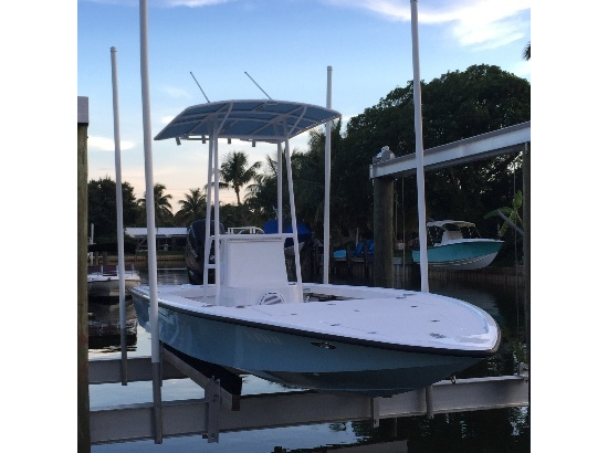 1992 Key Hopper Flats Boat