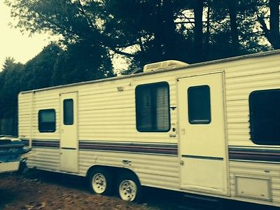 1997 self contained camper 19ft