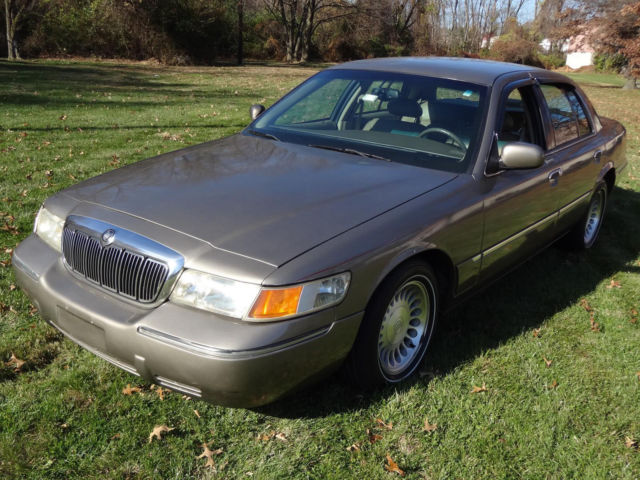 Mercury : Grand Marquis LS Premium FULLY LOADED! ORIGINAL 41K MILES! NO ACCIDENTS LEATHER 2 KEYS 2 REMOTES CLIMATE CONTROL CLEAN RUNS DRIVES GREAT
