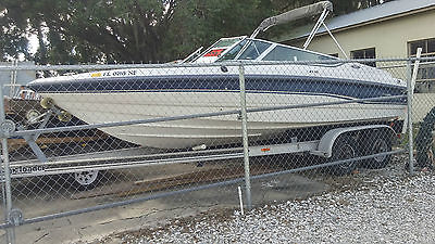 1995 Chaparral 2130 ss  5.0 GM 305 engine motor  With trailer