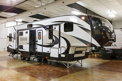 New 2016 3850THS Triple 3 Slide Luxury 5th Fifth Wheel Toy Hauler Never Used