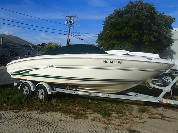 2000 searay 210 SIGNITURE