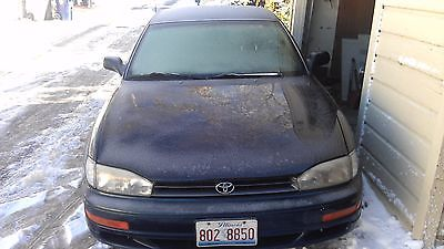 Toyota : Camry LE Reliable & Clean 1993 Toyota Camry LE