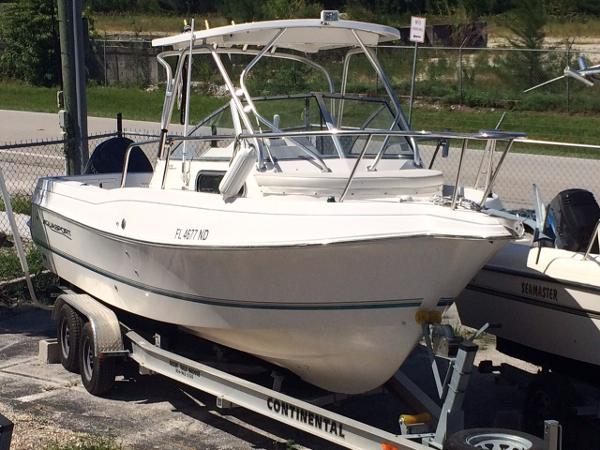 2005 Aquasport Explorer