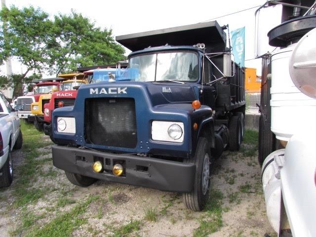 1979 Mack R-Model