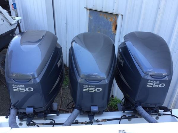 2002 Yamaha 250 hp HPDI TWIN PAIR Z250 Engine and Engine Accessories