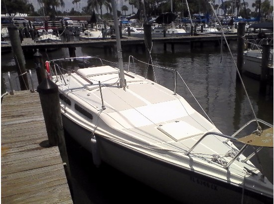 1983 Macgregor 25 Sailboat