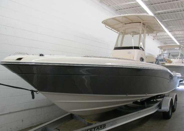 2016 Grady-White 251 CE Coastal Edition