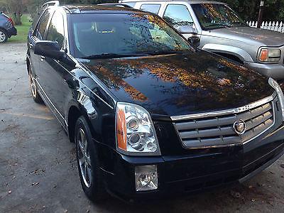 Cadillac : SRX Luxury Sport Utility 4-Door Fully loaded, great shape, garage kept, V8 Northstar VVT, AWD, DVDs for the kids