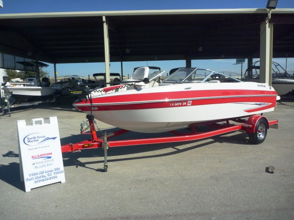 2011 Glastron GT 205 SF