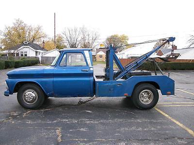 Chevrolet : C-10 STANDARD NICE VINTAGE 1964 CHEVY C10 TOW TRUCK WRECKER 4 SPEED RUNS WORKS FINE N/ROLLBACK