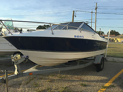 2008 Bayliner Discovery Cuddy Cabin Inboard Outboard Mercury Trailer