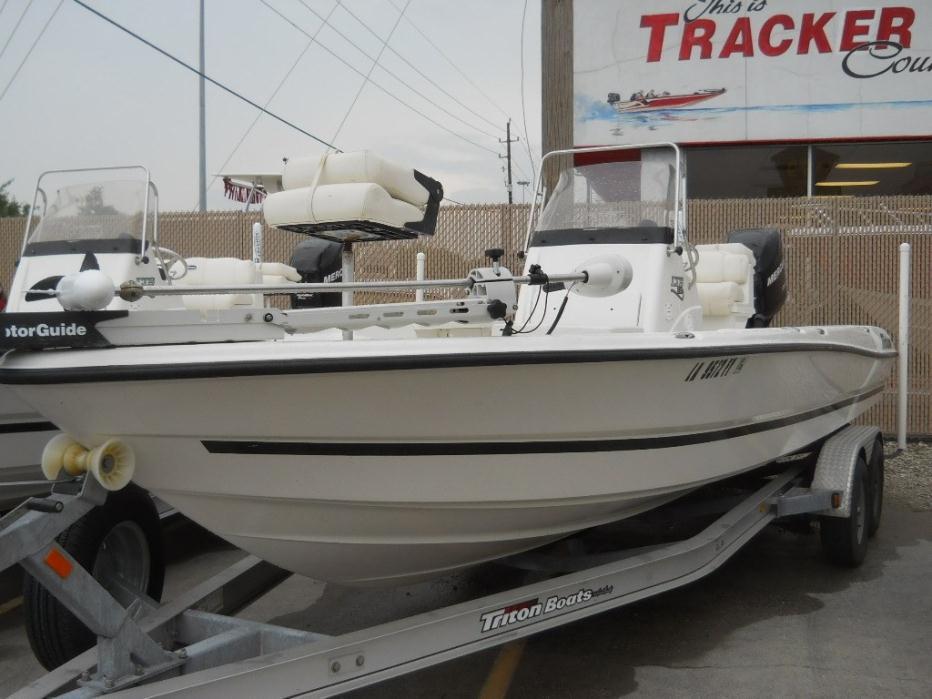 2012 Triton 240 LTS