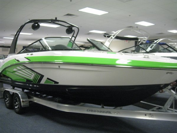 2016 Chaparral 243VRX Vortex Jet Boat w/surf package