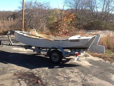 Unigue wood and fiberglass sailing and rowing project boat 16 feet,