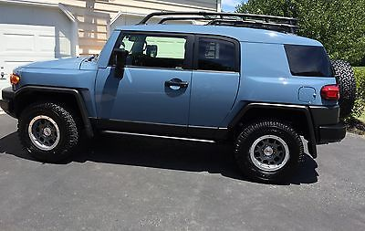 Toyota : FJ Cruiser Trail Teams Ultimate Edition (TTUE) 2014 fj cruiser trail teams ultimate edition ttue limited production 2 500