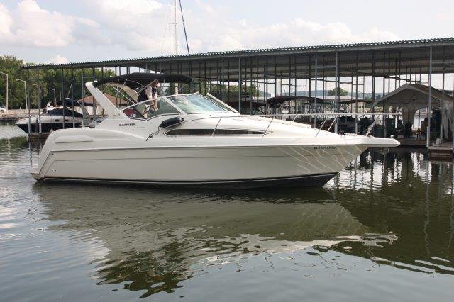 1997 Carver Sport Cruiser 310 Mid Cabin Express