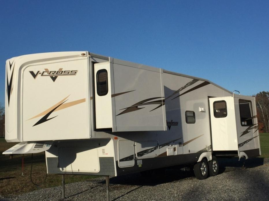 2010 Forest River V-Cross 305VRET