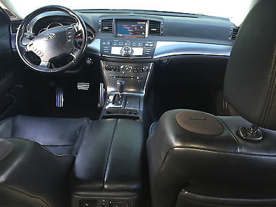 Infiniti : M35 Sport Sedan 4-Door Gorgeous 2006 Infiniti M35 Sport Sedan 4-Door 3.5L