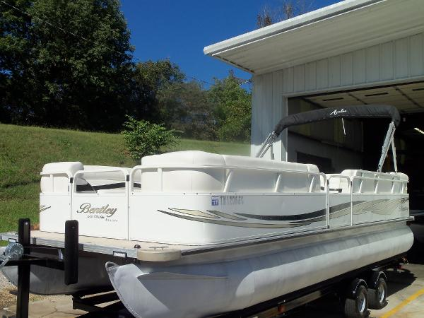 2011 Bentley Boats for sale