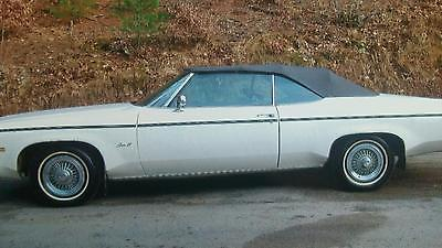 Oldsmobile : Eighty-Eight Royale Convertible 2-Door Oldsmobile 1975 Delta 88 Royale Convertible