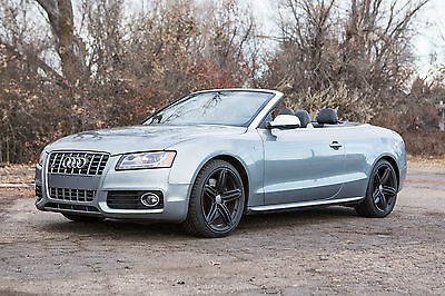 Audi : S5 2-Door Convertible Grey 2011 Audi S5 Convertible with V6 engine and 52,000 miles