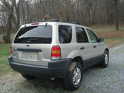 Ford : Escape XLT Sport Utility 4-Door 2004 ford escape xlt sport utility 4 door 3.0 l needs work mechanics special
