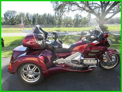 Honda : Gold Wing 2005 honda gold wing 1800 roadsmith conversion clean backrest stereo cruise