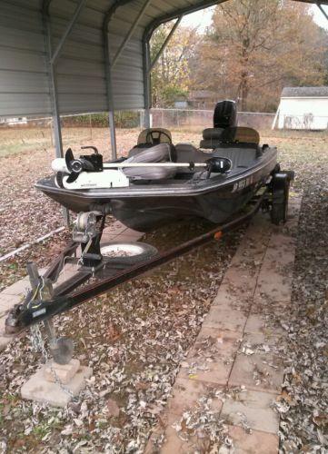 1985 Fisherman Bass Boat FSS1 Skeeter Sports 70 Hp Mercury Motor