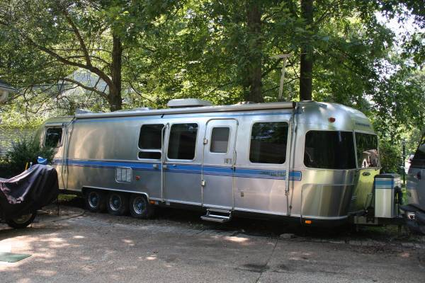 2015 Airstream Flying Cloud Tv 27FB
