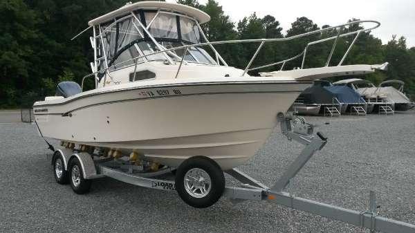 2013 Grady-White Seafarer 228