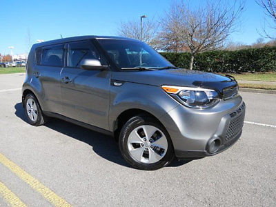 Kia : Soul 5dr Wagon Automatic 15558 miles epa 30 mpg hwy 24 mpg city ipod mp 3 input bluetooth and more