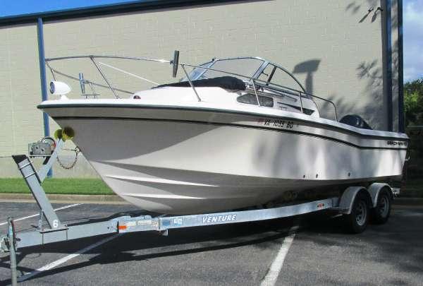 2003 Grady-White Seafarer 226 Walkaround