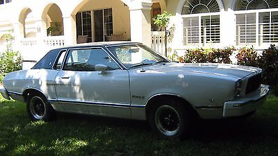 Ford : Other Ghia 76 mustang ii