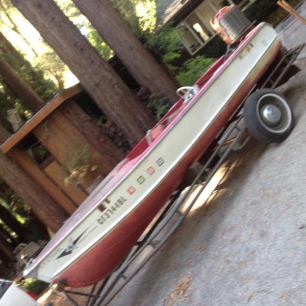 1957 arkansas traveler  15 ft on trailer