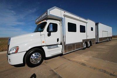 5150 Freightliner Toterhome Toter Motorhome Detroit Diesel 20k Gen Bunk Beds