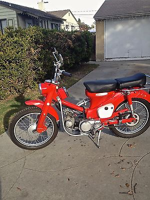 Honda : CT Classic 1967 Honda CT-90 eye catcher
