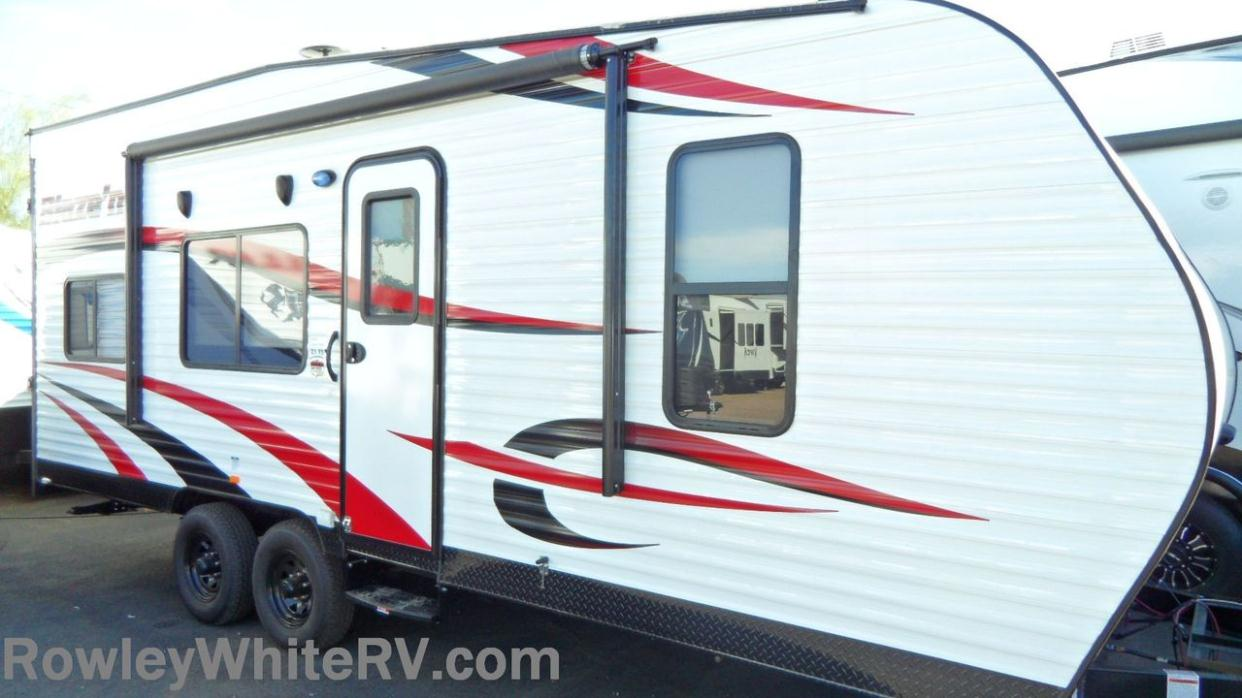 2015 Pacific Coachworks Powerlite Xl 24FBXL