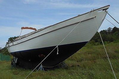 33' Rough Water Sailboat 1983