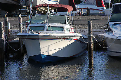 1984 Grady White Trophy Pro 25ft  9ft 6inch beam A whole lot of boat under $10k