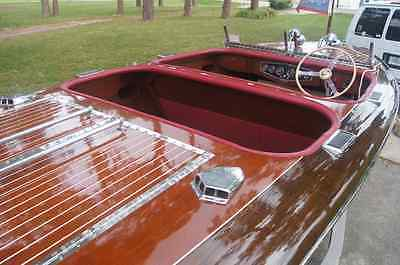 1939 22' Custom Rare Triple Cockpit Chris Craft - Excellent Condition