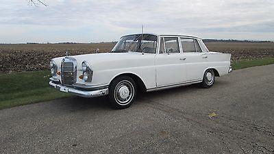 Mercedes-Benz : 200-Series 1966 mercedes benz 230 s fintail