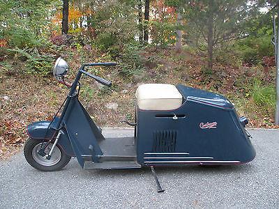 Cushman : 50 series Road King Cushman scooter 1944 to early 1947 50 series Road King