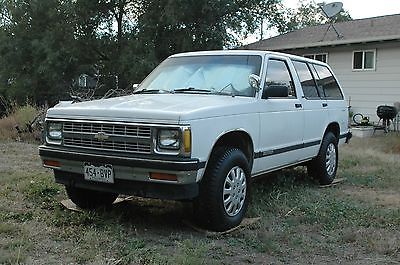 Chevrolet : Blazer Base Sport Utility 4-Door 1992 chevrolet s 10 blazer base sport utility 4 door 4.3 l