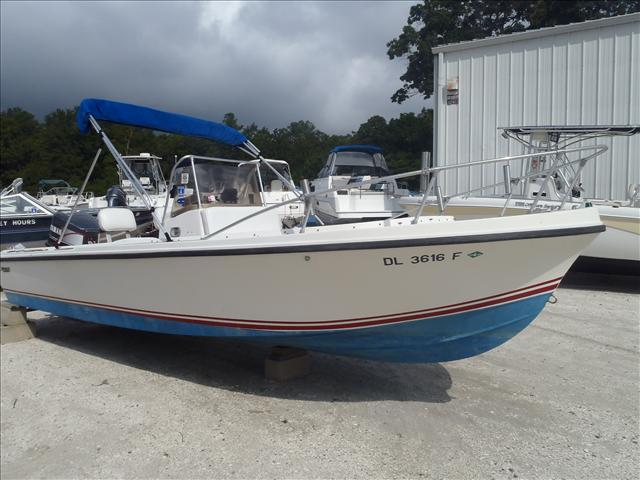 1978 Mako Fishing Boat 20CC