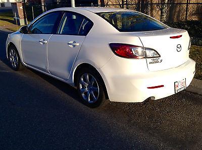 Mazda : Mazda3 Pearl white 2012 pearl white mazda 3 sedan 12 000
